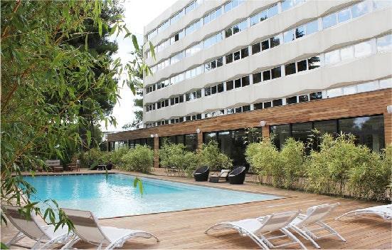 C suites hotel